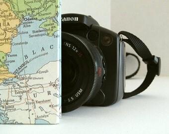 "Travel Journal / Photo Album with Custom Map, 5""x7"""