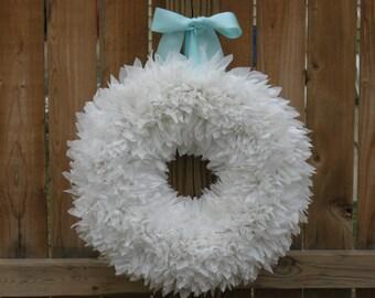 White Wreath --- Wedding Wreath --- Indoor Outdoor Wreath --- Door Wreath --- Outdoor Wreath --- Bridal Wreath --- Wedding Decor