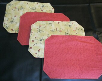Reversible Strawberry Placemats