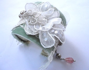 Lace Bracelet Cuff with Green Velvet Ribbon and Pearl, Lacy Wedding Cuff, Light Green Flower Cuff, Romantic Boho Bracelet, Lace Cuff