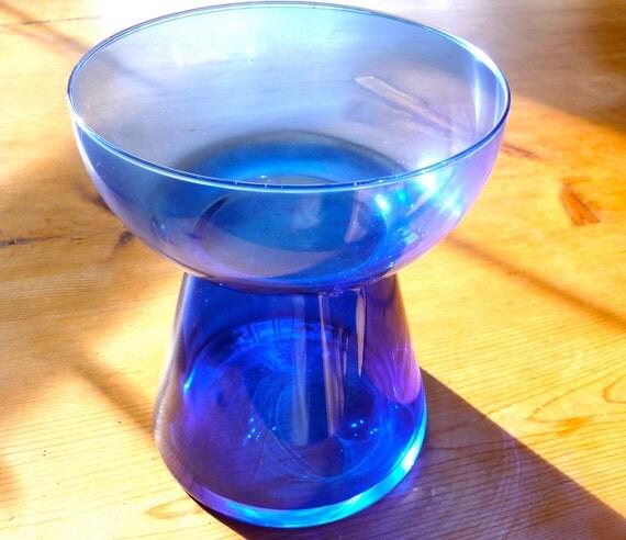 Vintage amaryllis bulb vase forcing bulb vase blue glass for Vase amaryllis