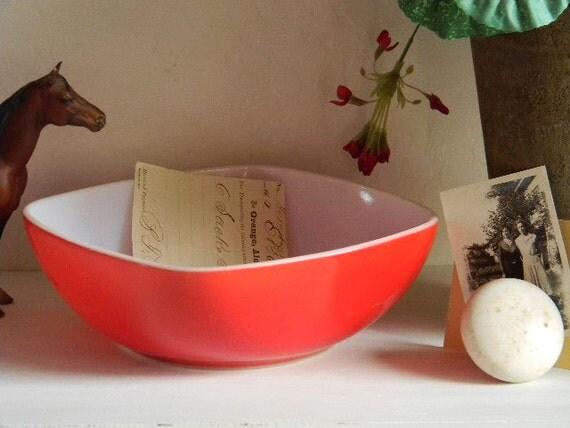 Vintage Pyrex RED Bowl -Square-Retro Prairie COTTAGE French FARMHOUSE Midcentury-1950's 1960's-Treasury Item Fun