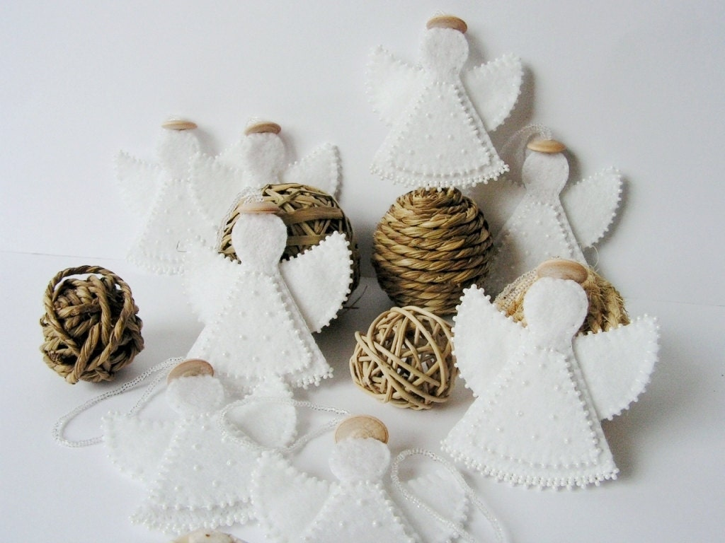 Set of 4 felt angel decoration christmas angel ornament white for Angel decoration