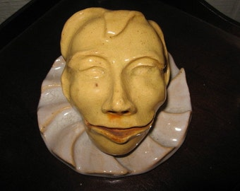 THEATRICAL ACTOR CLOWN Figural Bust Paperweight Wall Display Yellow Pottery Art epsteam Vintage