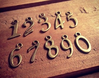 10 Pcs Number Charms 0-9 Numbers charms Antique Bronze Charm.(U020)