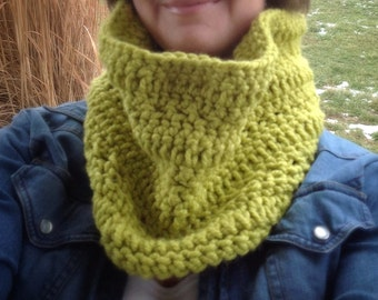Cowl green grass infinity scarf