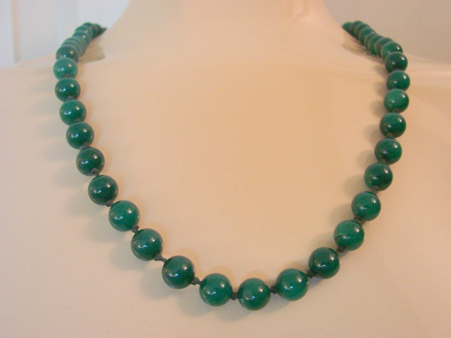 Vintage Genuine Spinach Jade Bead Necklace Rich Color. Cheap Gold Bracelet. Anklet Sizes. Octagon Bracelet. Rubber Wedding Rings. Aqua Marine Necklace. Real Silver Chains. Watch Brand Watches. Wide Band Wedding Rings For Her