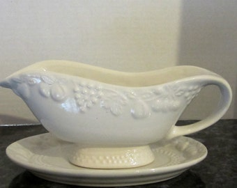 """Sakura China"""" White Majestic"""" Gravy Bowl and Underplate Dish"""