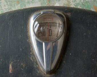Vintage Borg Scale, Vintage Bathroom Scale, Mid Century Bathroom Scale