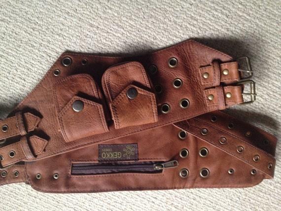 aged light brown leather utility belt pocket by gekkobohotique