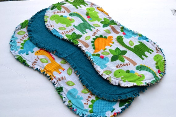 Baby boy burp cloth set of 3 : Flannel / Contoured / Baby burp cloths / Burpcloths / Burprags / dinosaurs