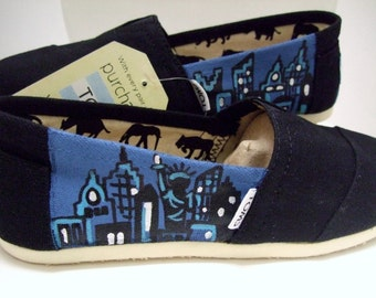 New York Custom painted TOMS Shoes NYC
