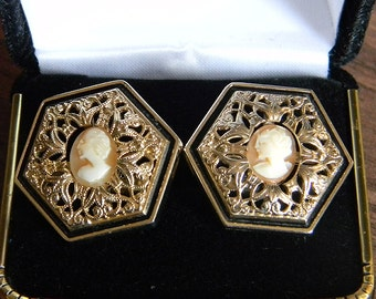 Vintage RARE SWANK Limited Edition Cameo Cufflinks