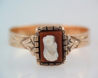 Antique  Victorian  10k Rose Gold Cameo  Ring, late 1800s