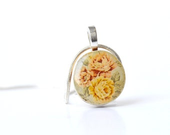 Vintage floral Pendant necklace bridesmaid jewelry flower delicate jewelry wood pendant eco friendly jewelry wood jewelry