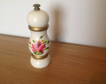 Vintage danish wooden pepper muller hand painted