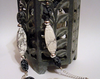 Blanc et Noir - Howlite, Silver and Snowflake Obsidian Necklace
