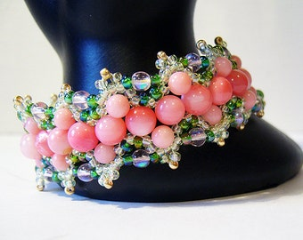 Equinox - Pink Shell and Crystal Beaded Bracelet