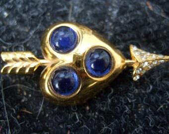 1950s Figural Heart & Arrow Jeweled Brooch