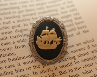Cream On Black Pirate Ship Silhouette Cameo Mini Brooch