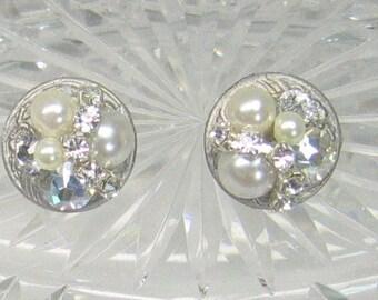 Ivory Pearl Stud Earrings- Pearl Bridal earrings- Bridesmaid Studs- Ivory & Rhinestone Studs- Pearl Wedding Earrings- Bridal Stud Earrings