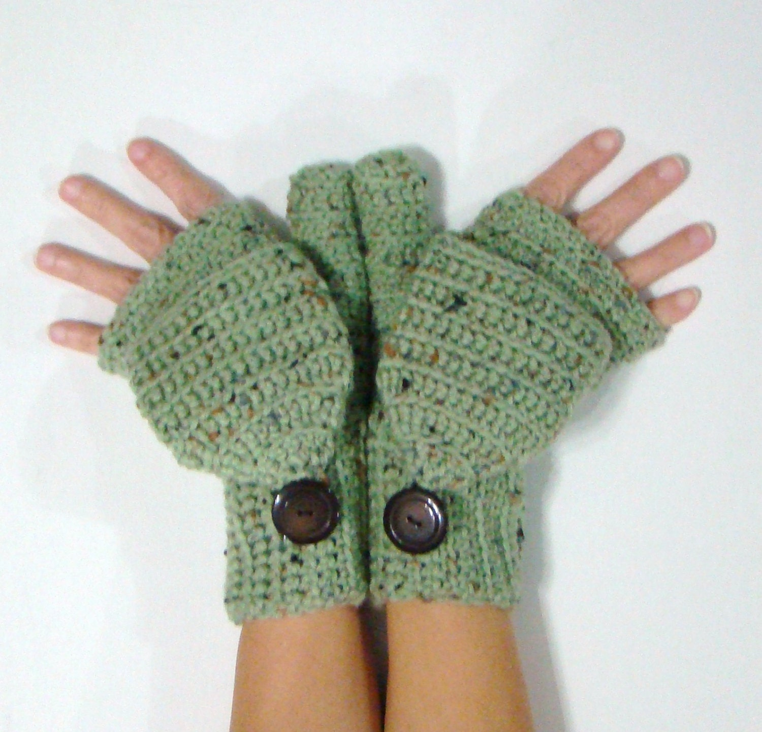 Free Crochet Pattern Ladies Mittens : Convertible Fingerless Mittens Frost Green Fleck Mittens