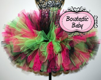 Rockin Roll custom made tutu .Perfect for your little rocker.  All colors available