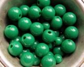 destash of kelly green acrylic bubblegum beads--two sizes--lot of 40