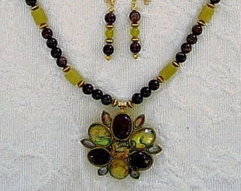Abalone Shell Pendant Necklace Unique Original Jewelry Jade Agate Amethyst Vintage Brooch Drop Earrings & Bracelet Gorgeous Gifts for Her