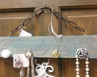 Custom Made Hanger that says Beautiful and Bling