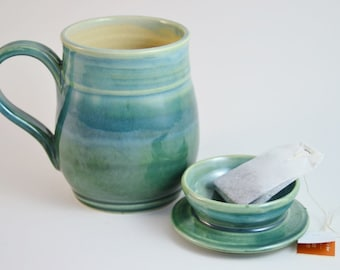 Mug with Lid for Holding Tea Bag, Green Lidded Tea Mug, Holiday Tea Cup with Lid, Made to Order