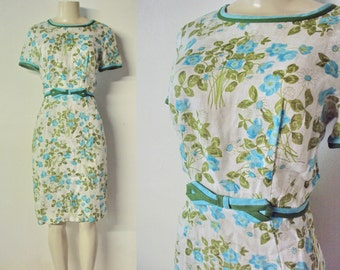 1960's Linen Summer  Dress with capped sleeves and Bow waistband