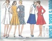 Vogue Basic Design 2672 Classic knee length Flared Dress Size 14