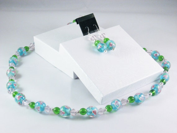 2 Piece Jewelry Set in Blue, Green and Pink