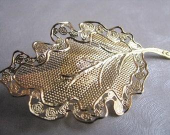 Vintage Goldtone Leaf Brooch - Vintage Leaf Pin - Lightweight Brooch
