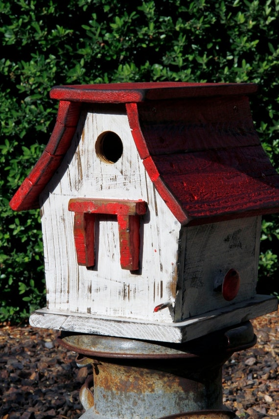 Primitive bird house rustic bird house distressed bird for Bird house styles
