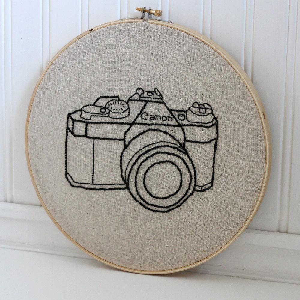 Hand embroidery hoop art vintage camera by workshop on etsy