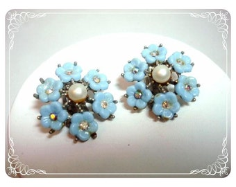 Light Blue Flower Forget-Me-Knot Posies Clip On  Earrings   E352a-040812000