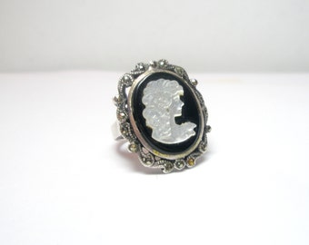 Marcasite Cameo Ring Vintage -Cameo  Ring  - Vintage romantic jerwelry -    925 Sterling Silver