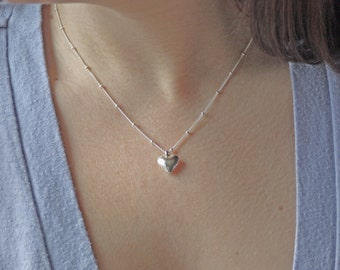 The TRUE HEART - fine silver heart necklace with sterling silver satellite chain
