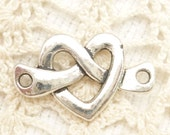 Knotted Heart Connector Charms, Antique Silver (6) - S141