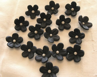 BLACK BLOSSOMS / Gum Paste Cake  and Cupcake Decorations