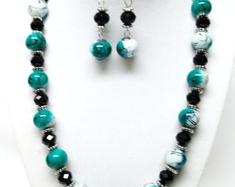 Green/White/Black Splatter with Jet Facetted Glass Bead Necklace & Earrings Set