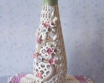 SALE Lattice Applied Pink and White Floral Bud Vase