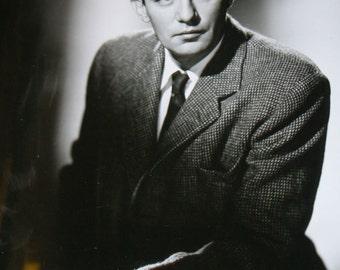 Vintage Studio Photo - Movie Actor Peter Finch