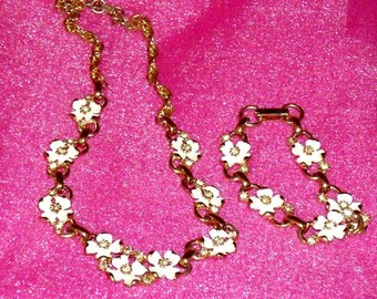 Vintage Gold Plated Jewelry, Kramer Necklace and Bracelet, 1950s rhinestones enamel, fashion jewelry set