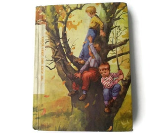 Round About 1966 , childrens vintage reader, vintage book, school book