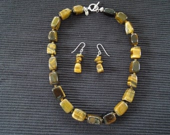 Tigers Eye Necklace and Matching Earrings with Sterling Silver in Excellent Condition