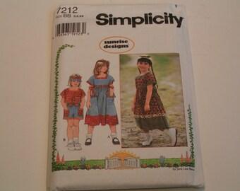 Simplicity Pattern 7212 Sunrise Designs Child Dress Short Set and Visor