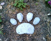 Pet Memorial, Dog Paw, Paw Print Stepping Stone, Concrete Stone